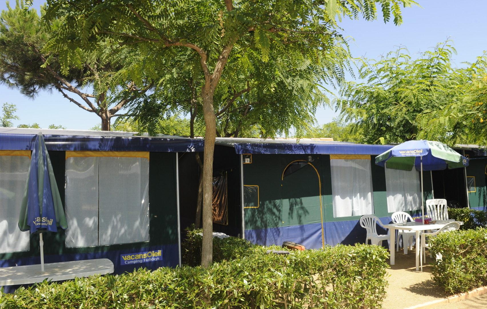 tienda equipada camping playa